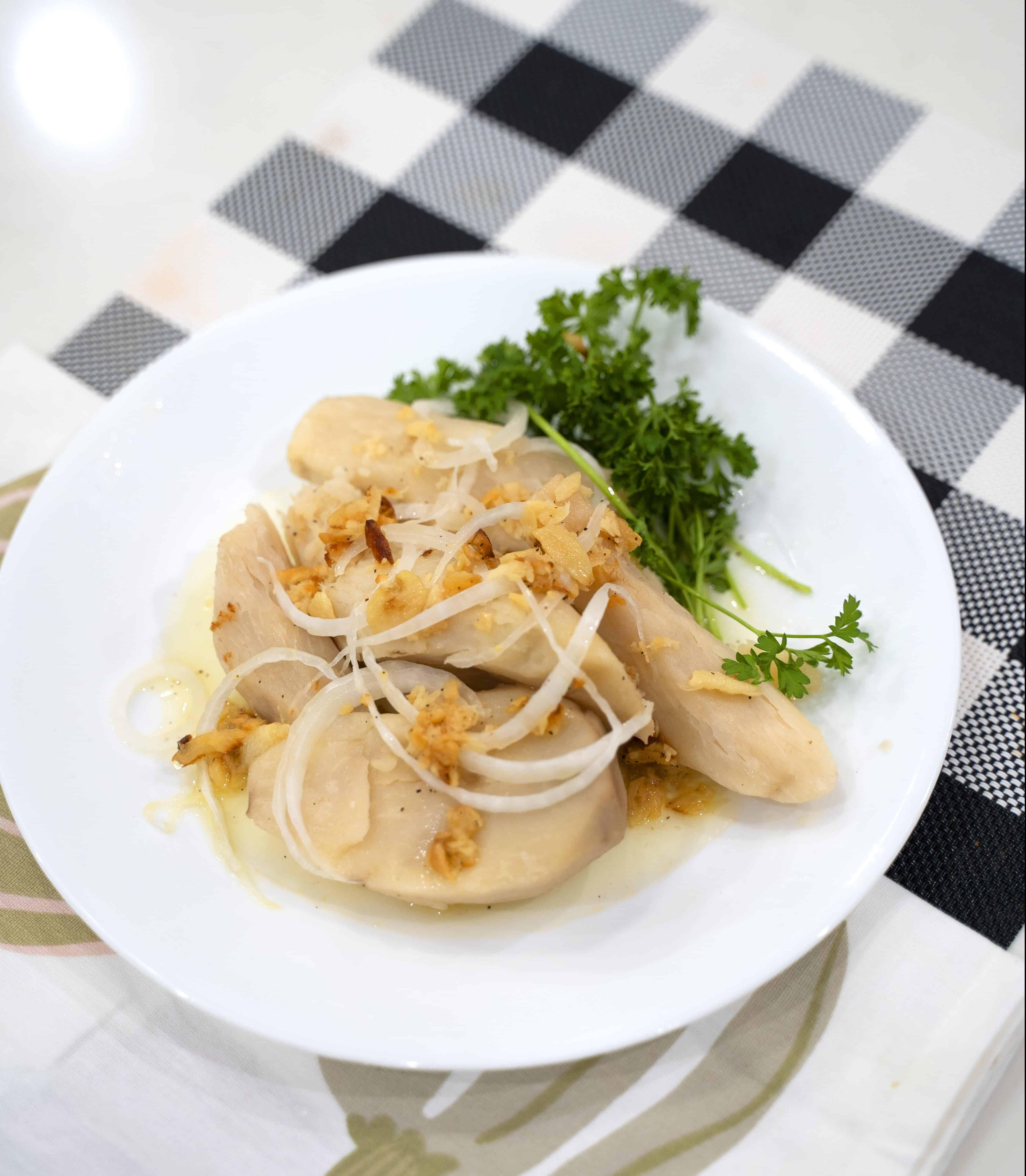 Boiled malanga with mojo recipe
